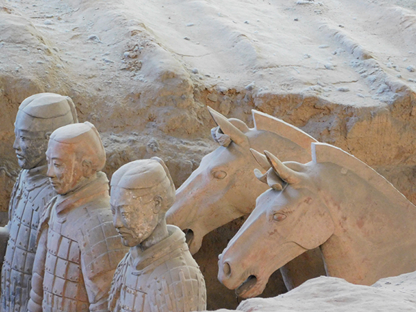 How to visit the Terracotta Army, China on local transport