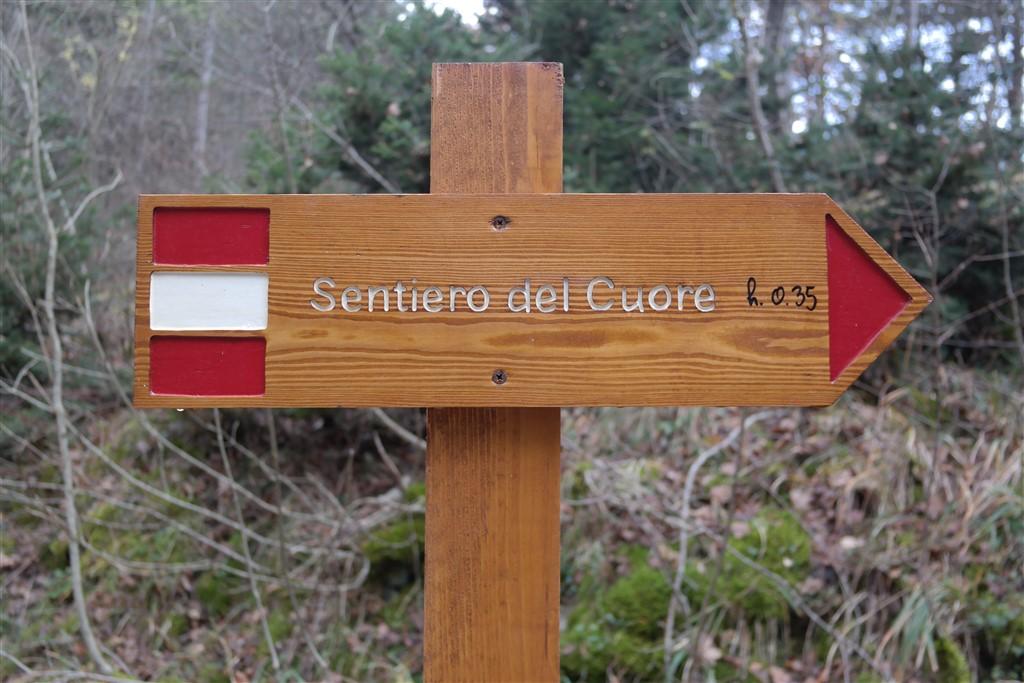 Lago di Scanno Path