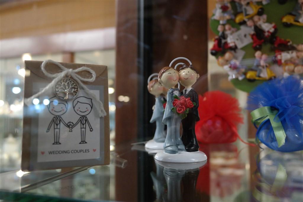 gay wedding ideas Bomboniere