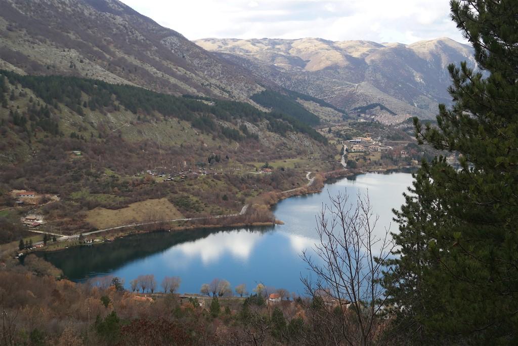 Lago di Scanno Lake of Scanno